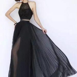 Black beaded prom dress (ONE PIECE)